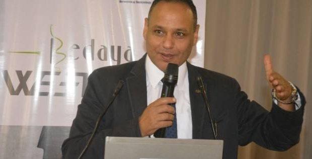 الدكتور محمود صقر رئيس أكاديمية البحث العلمي3