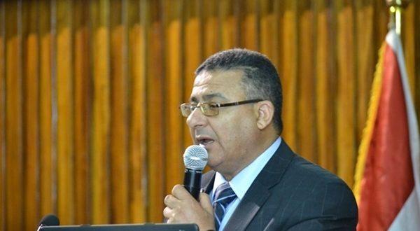 الدكتور أحمد الصباغ مدير معهد بحوث البترول